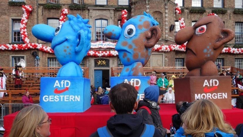 Nach Aufhebung des Demonstrationsverbots - Corona-Leugner provozieren in Berlin