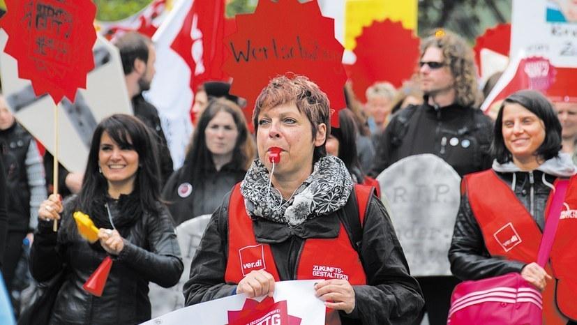 Öffentlicher Dienst: Solidarität mit den Warnstreiks!