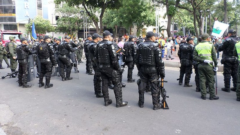 Rebellion gegen Polizeiterror