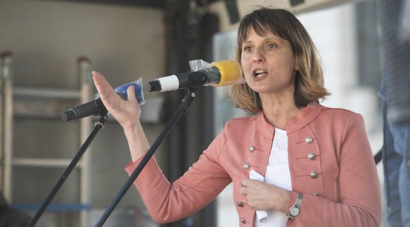 """Gabi Fechtner: """"Man kann sogar auf der Kö Unterschriften gegen den Antikommunismus sammeln!"""""""