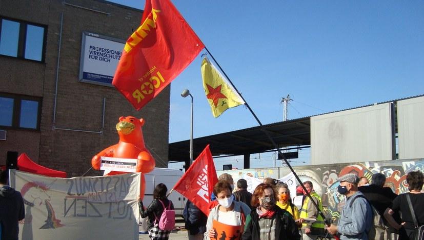 Protest gegen neofaschistischen Aufmarsch in Berlin-Lichtenberg