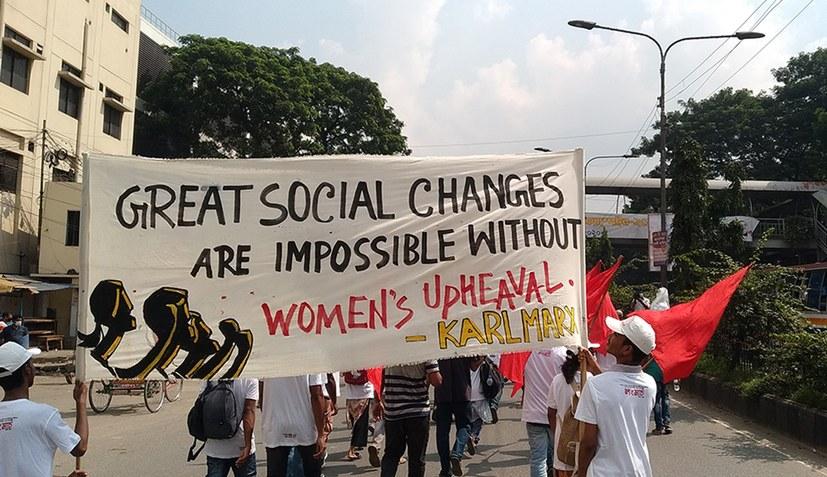 Langer Frauenmarsch in Bangladesch