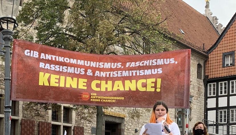 """MLPD-Statement zur Bewegung """"Gib Antikommunismus keine Chance!"""" als Flyer"""