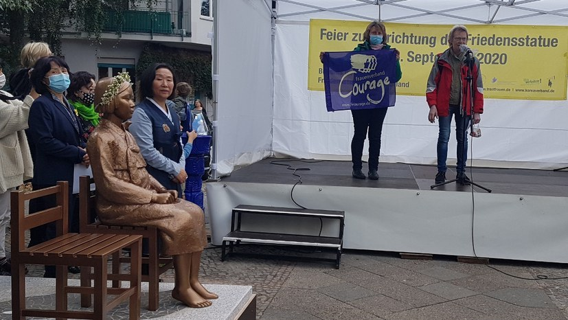 Die Berliner Friedensstatue und der Kampf gegen Gewalt an Frauen