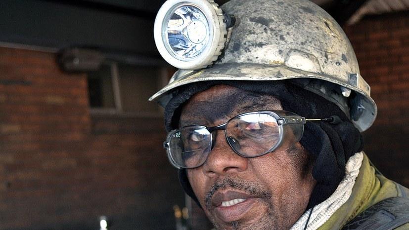 Bergbaukonzerne gehen über Leichen