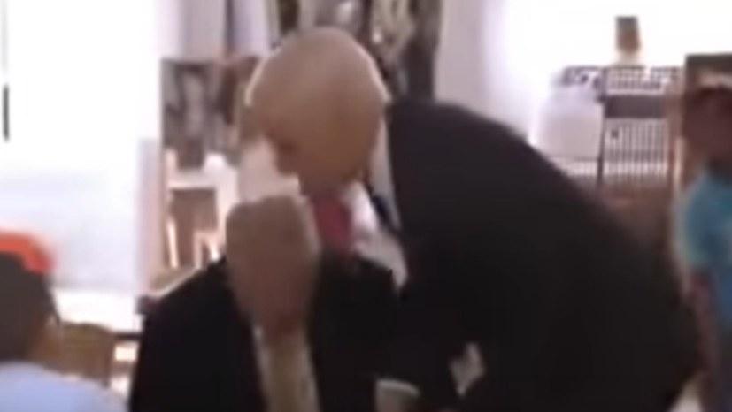 Onkel Biden versucht Klein-Donald aus dem Kinderparadies zu verbannen