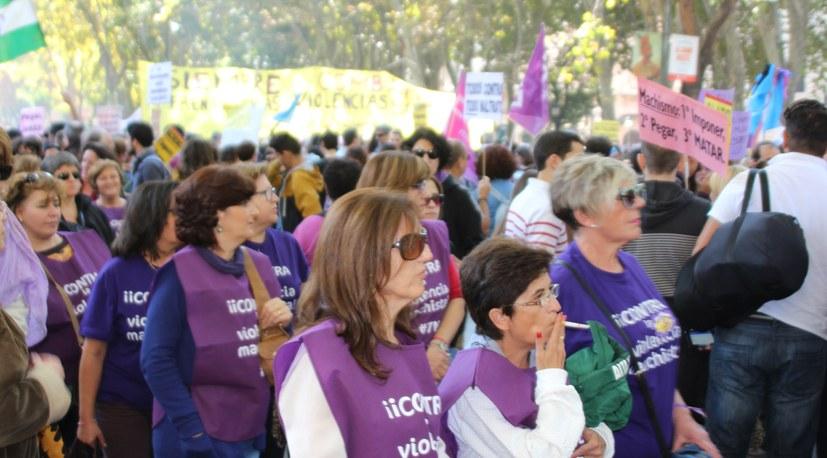 25. November – Flagge zeigen gegen Gewalt an Frauen und Mädchen!