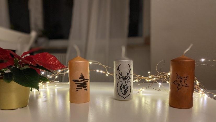 Rotfüchse basteln Weihnachtskerzen
