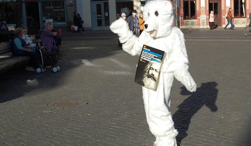 Umweltkampftag in Erfurt: Auch der Eisbär war dabei!