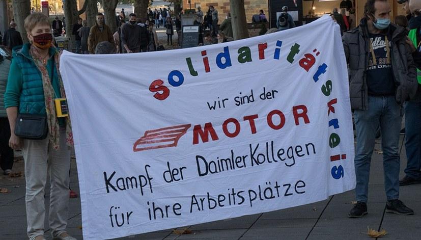 """""""Kundgebung vor Daimler Untertürkheim trifft auf 'Eskalation im Streit bei Daimler'"""""""
