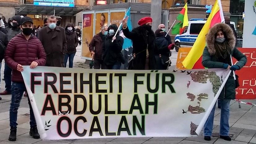 Solidarität und Polizeiprovokation am Aktionstag gegen das PKK-Verbot