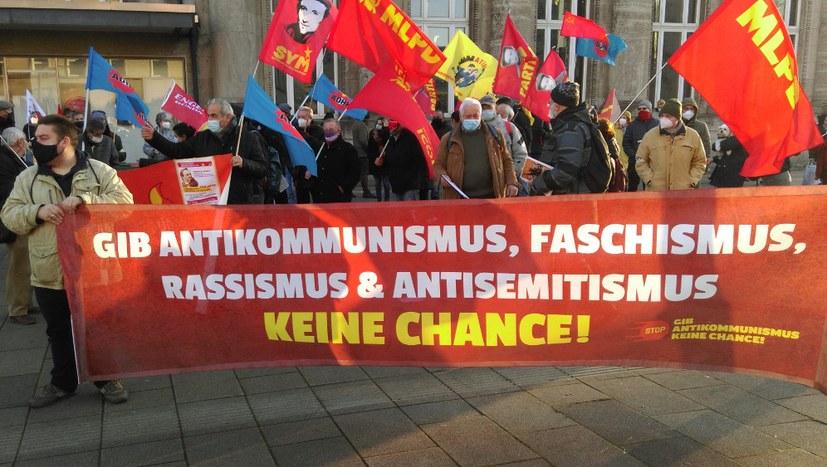 Wuppertal: Engels' revolutionäre Haltung weist uns den Weg aus dem krisengeschüttelten Kapitalismus!