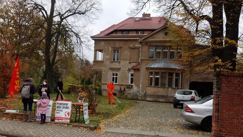 """Görlitz: Stadtrat Uwe Thomas und die unter Anwohnern beliebte """"Zentrale der MLPD"""" in Reichenbach"""