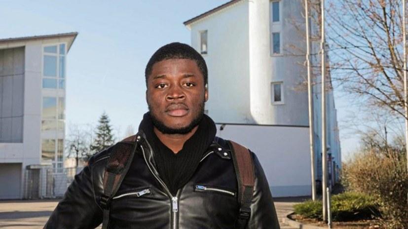 Aktionen rund um den Prozess von Alassa Mfouapon - Zeugen für Tribunal gesucht!