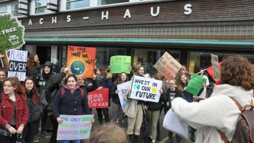 19. März: Für die Rettung der Umwelt auf die Straße!