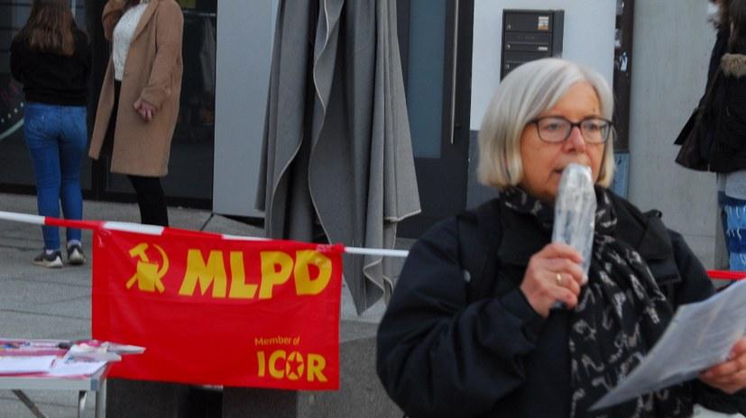 Der Bogen ging vom Kampf der Frauen in der Türkei bis zur Pariser Commune