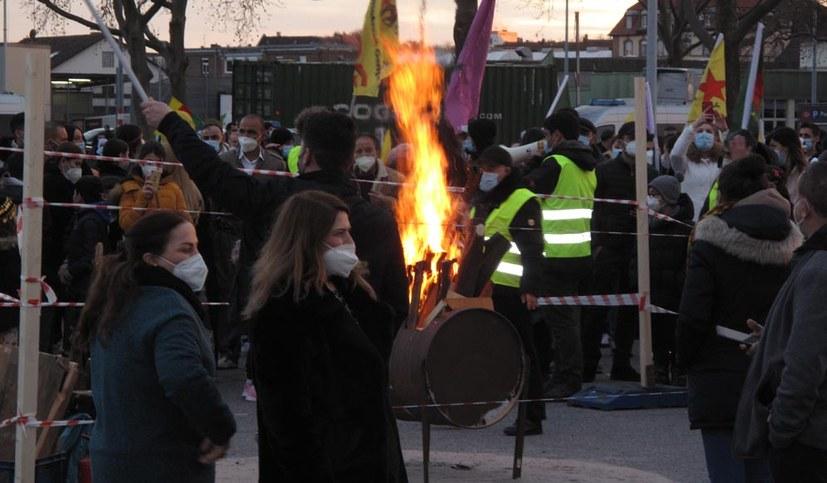 Newroz piroz be – es lebe das Neujahrsfest!