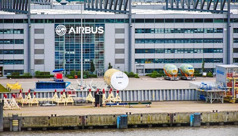 Wieder Corona-Ausbruch beim Flugzeugbauer Airbus!