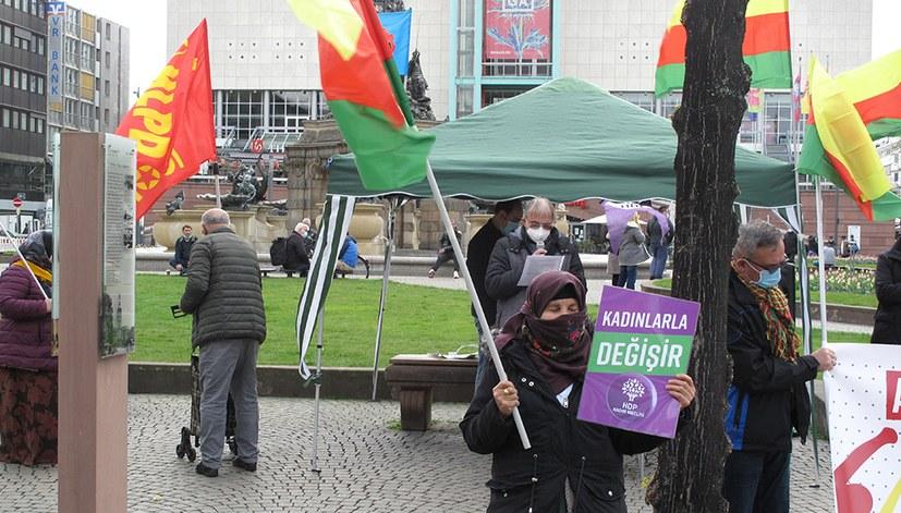 Auf antifaschistischer Kundgebung Mitstreiter für 1.-Mai-Demo gewonnen
