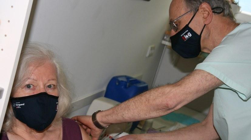 Wichtige Fragen klären - Sicherheit erhöhen - schnell und massenhaft impfen!