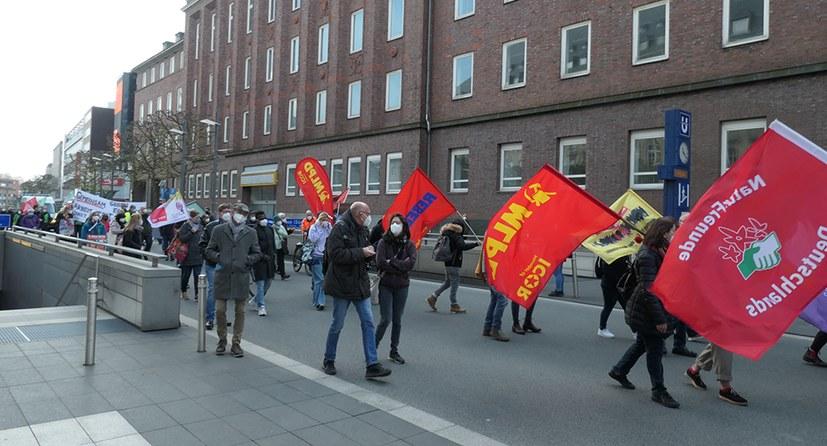 Bochum: Auf Anhieb neun Exemplare des neuen Buchs von Stefan Engel verkauft