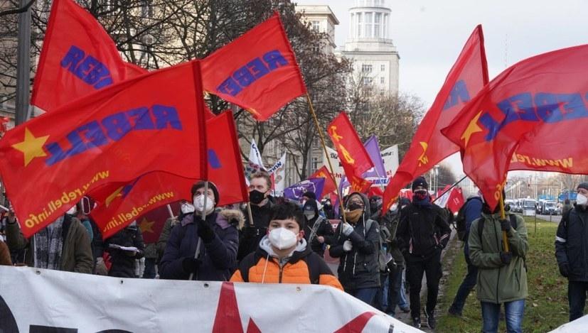 Arbeitereinheit gegen die Abwälzung der Krisenlasten