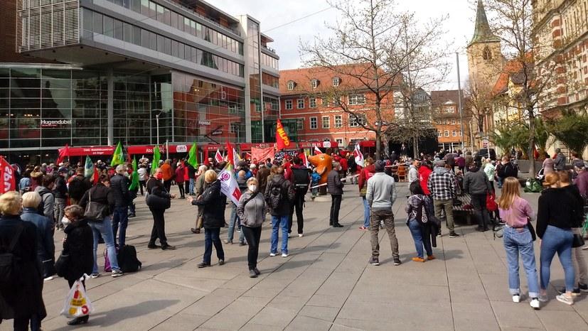 Faschisten in der Stadt – Umso wichtiger ist die kämpferische 1. Mai-Kundgebung