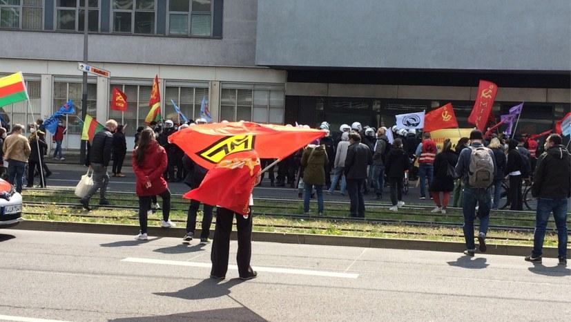Köln: Einkesselungen und Festnahmen