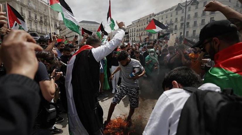 Europaweit Protest- und Solidaritätsdemonstrationen