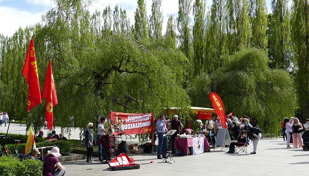 Kundgebung in Berlin im Treptower Park (rf-foto)