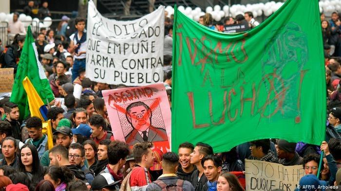 Solidarität mit dem Kampf des kolumbianischen Volkes!