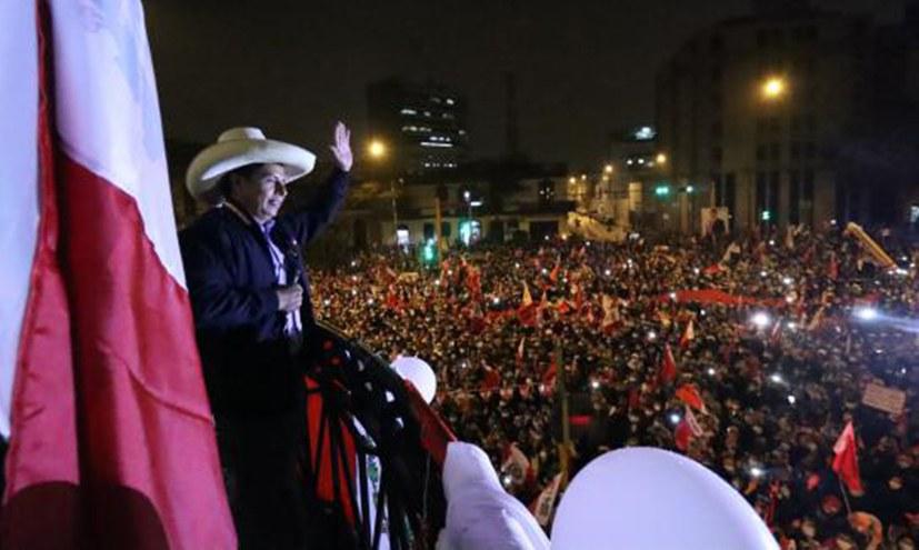 Pedro Castillo gewinnt Präsidentschaftswahlen