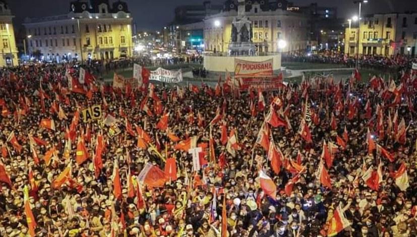 Ein Sieg gegen Antikommunismus und des Willens der Volksmassen