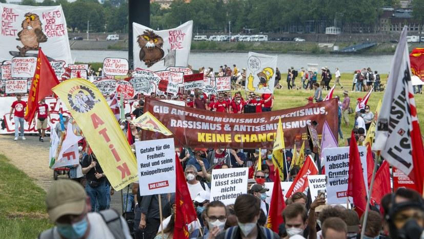 Brutaler Polizeieinsatz in Verantwortung der NRW-Laschet-Regierung!