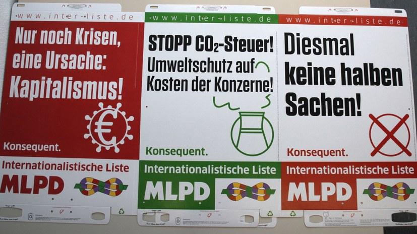 Die schönen neuen Wahlplakate sind da - jetzt aus Pappe