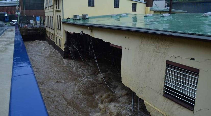 Klimaleugner bestreiten Hochwasserkatastrophe