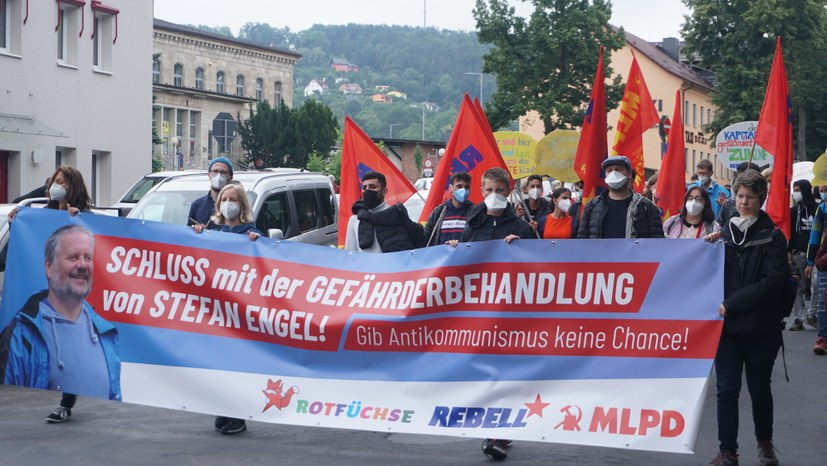 Mindestens 230 Teilnehmerinnen und Teilnehmer unterstützen Stefan Engel in Meiningen