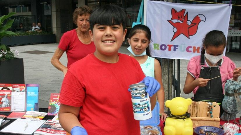 Rotfüchse aus Gelsenkirchen-Altstadt sammeln 233,50 Euro für Schule in Hagen