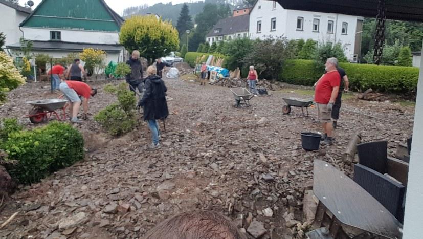 Vierter Hilfseinsatz von MLPD und REBELL in Hagen