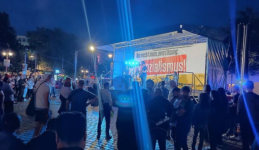Wahlkampfauftakt: Mitreißendes Konzert am Steintorplatz - Bildreport vom ganzen Tag ist online!