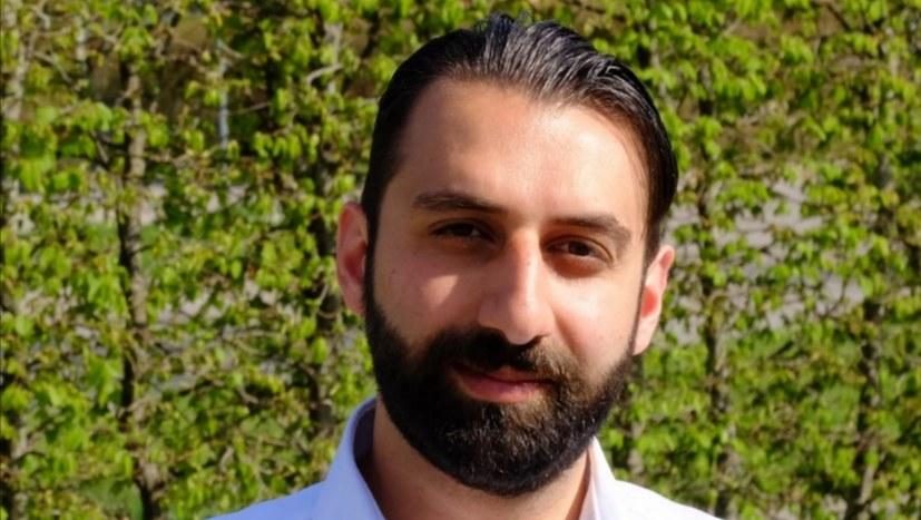Sami Baydar ruft in fünf Sprachen zur Wahl auf