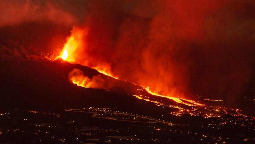 Massenhafte Evakuierungen, zerstörte Häuser und Existenzen, giftige Gase