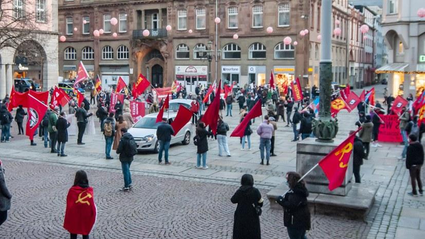 07 201129 Demo 200. Geburtstag Engels-09210.jpg