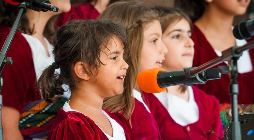 07 Sommerfest ezidische Kinder der Sonne Hg 06922.jpg