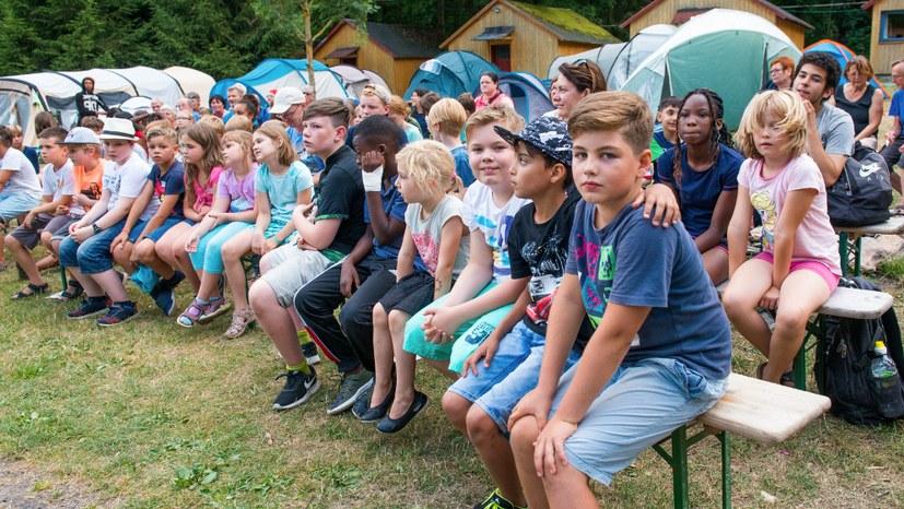 1 Das Begrüßungsfest auf dem Kindercamp.jpg