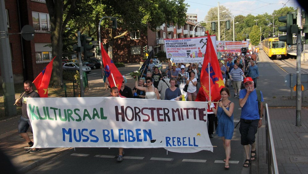 Demonstration für den Kultursaal