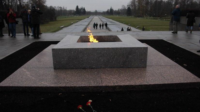 Flamme an der Gedenkstätte