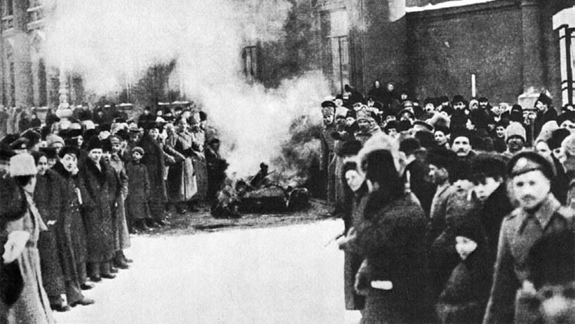 Russland 1917: Friedliche Entwicklung zum Sozialismus kurzzeitig möglich