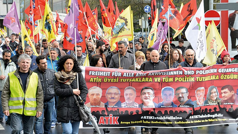 Solidarität mit den unbeugsamen Gefangenen von München!