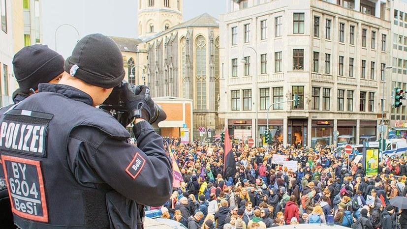 Neue Polizeigesetze – neue Qualität des Widerstands ist nötig